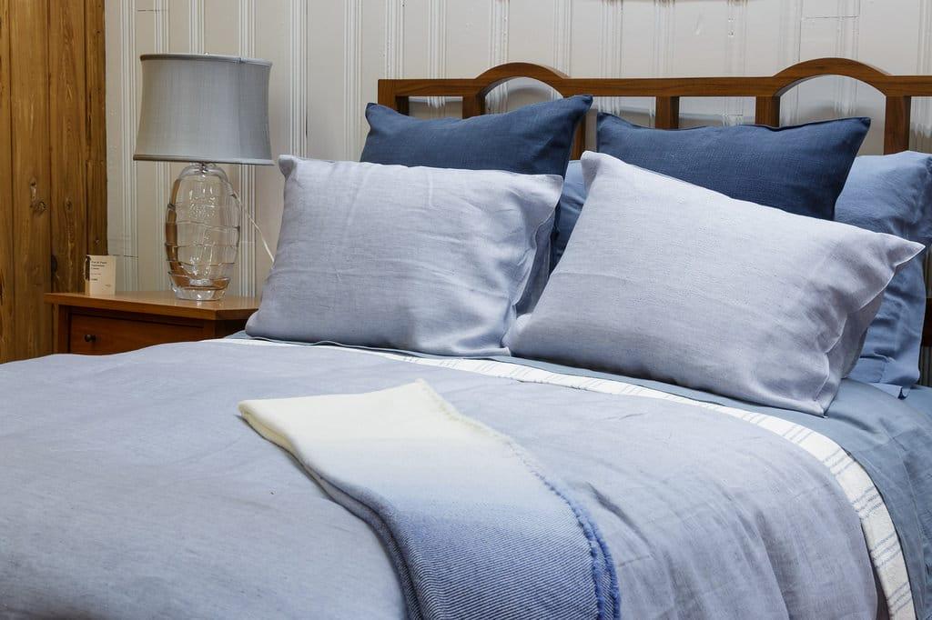 offrir une housse de couette une id e sympa mais complexe. Black Bedroom Furniture Sets. Home Design Ideas