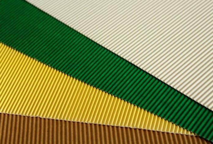 Panel de cartons de couleur