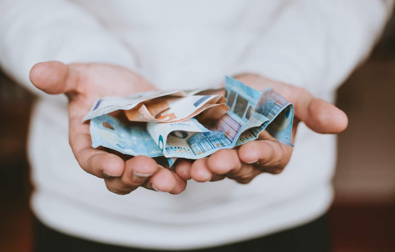 Banque en ligne, retrait d'argent liquide