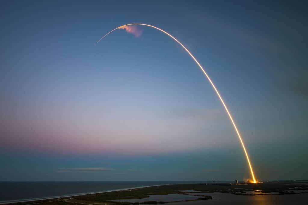 Vol commercial de SpaceX : existera t il une assurance voyage ?